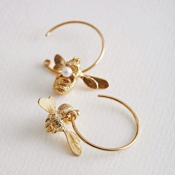 Alex Monroe Flying bumblebee hoop earrings