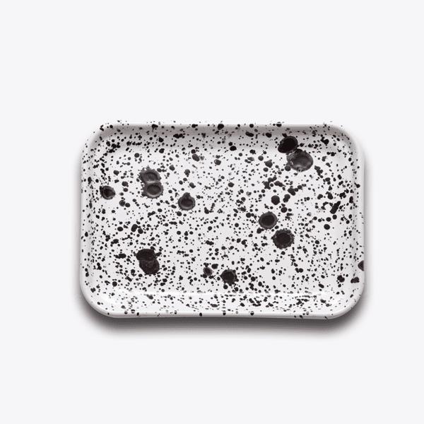 Bornn Enamel monochrome tray