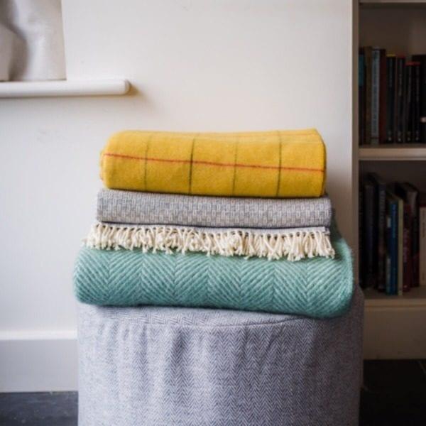 Tweedmill 100% wool throw